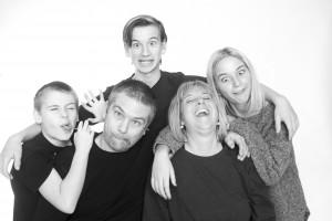 Familieportrætter behøver ikke være kedelige - I hvertfald ikke under optagelsen.