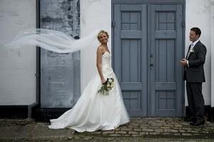 Bryllupsfotografering i blæst