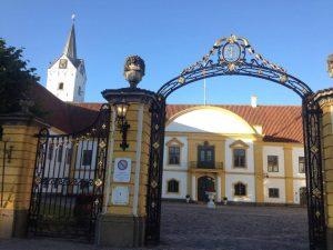 Dronningslund slotsplads.